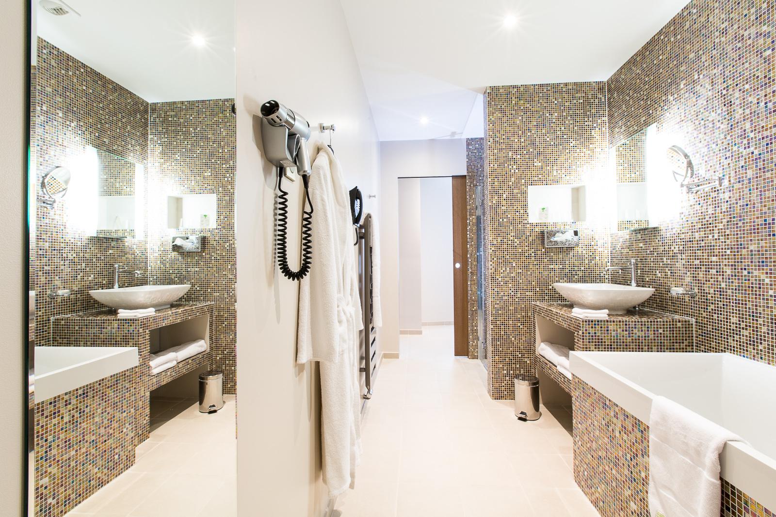 Hotel Marotte chambre confort salle d'eau