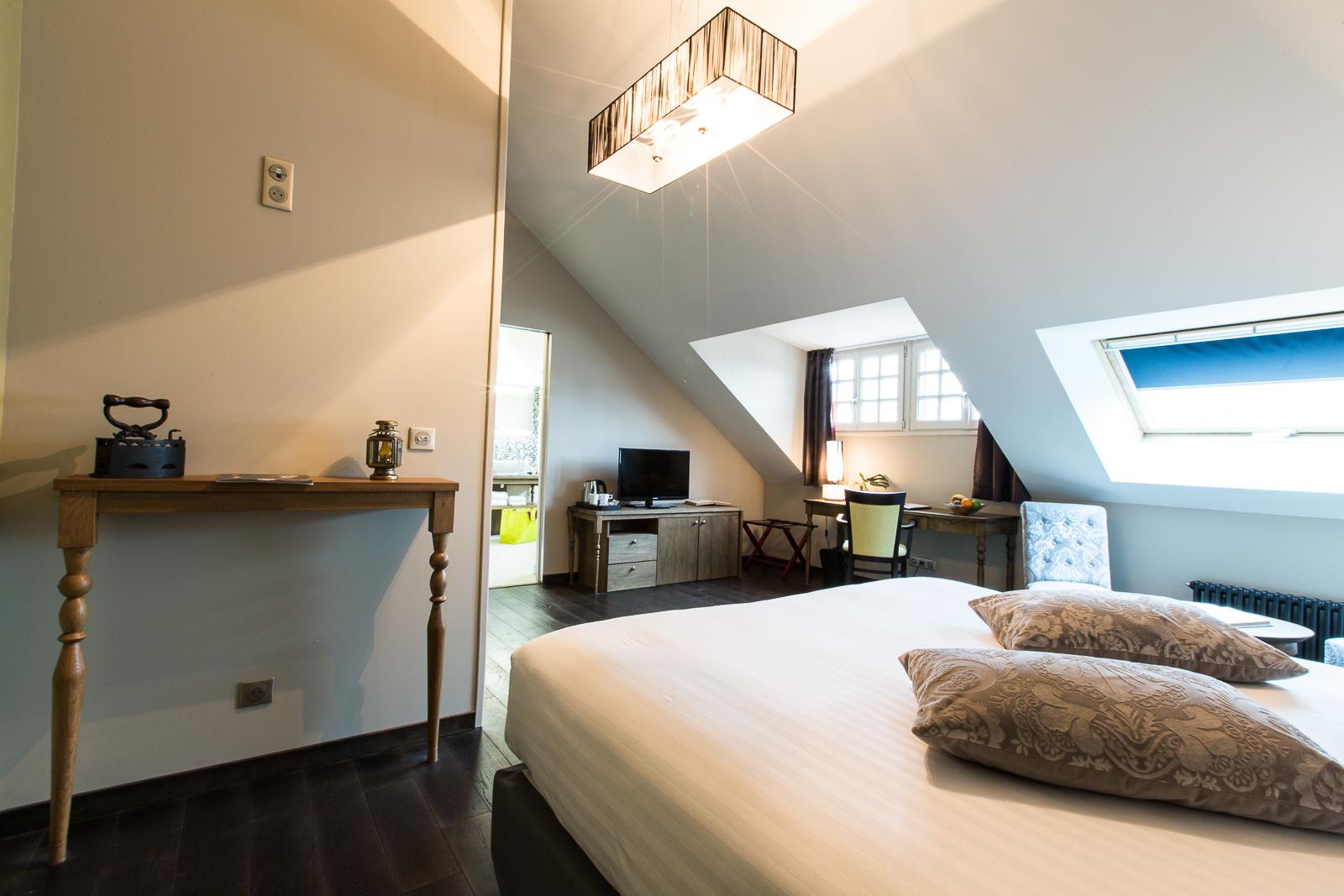 Hotel Marotte amiens chambre superieur lit