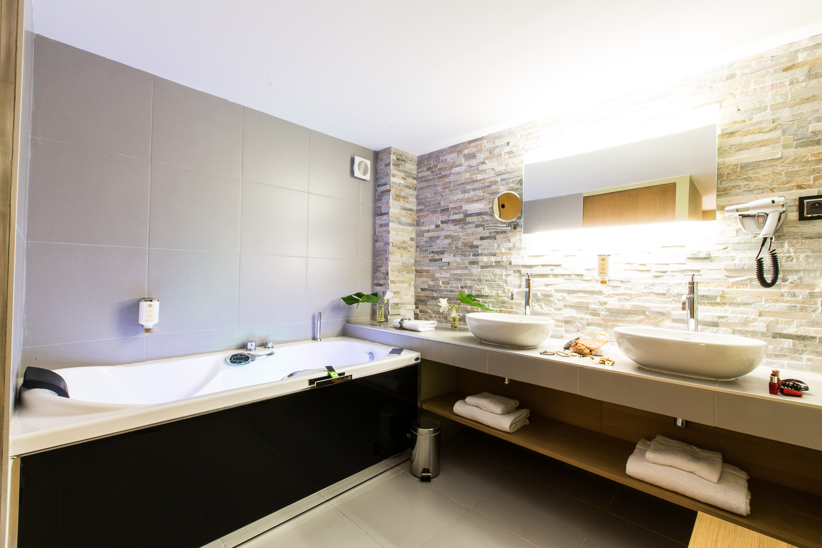 Hotel marotte suite balneo salle de bain