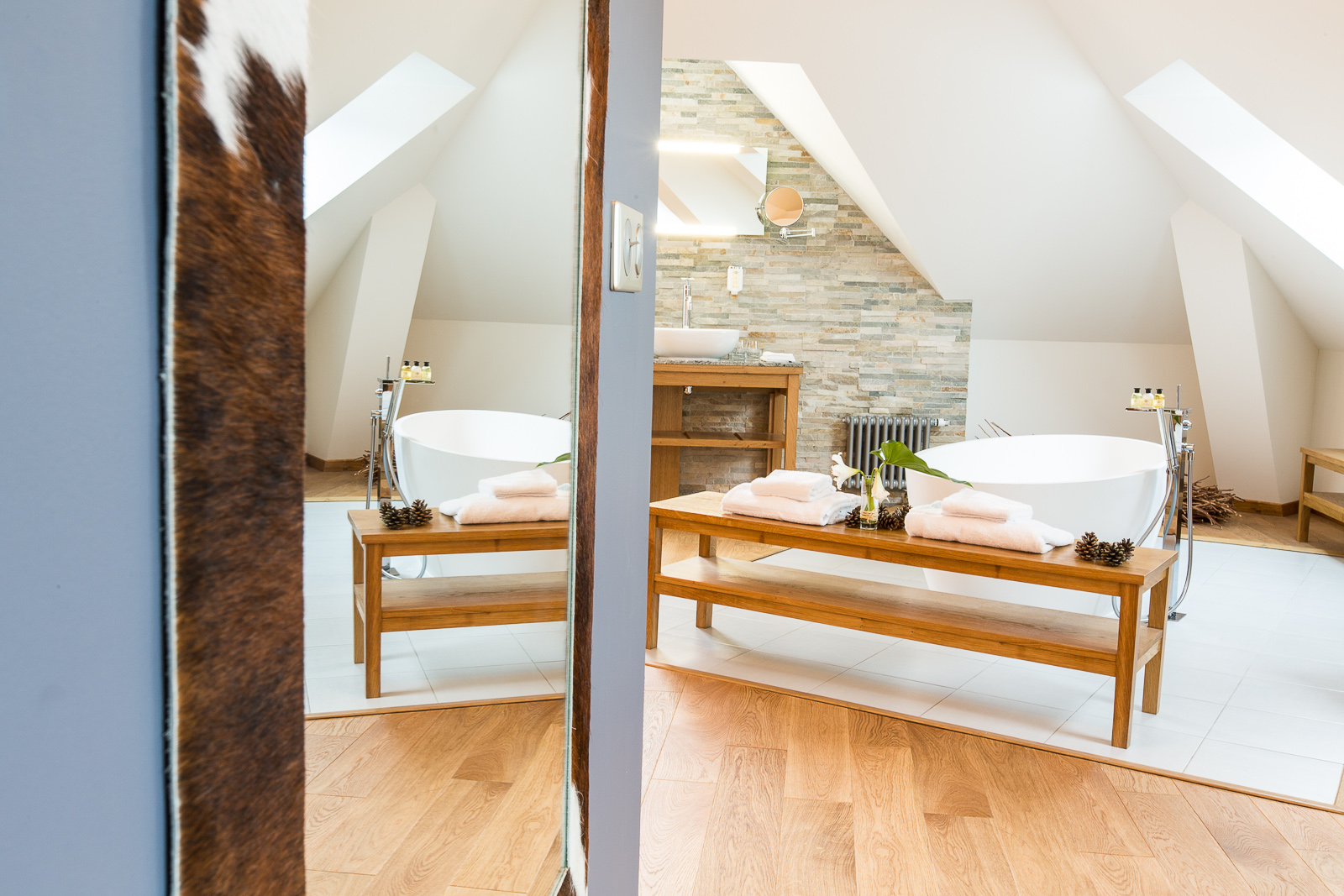 Hotel Marotte chalet salle de bain lumineuse