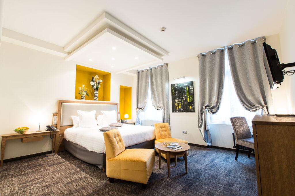 Hôtel Marotte chambre cosy jaune