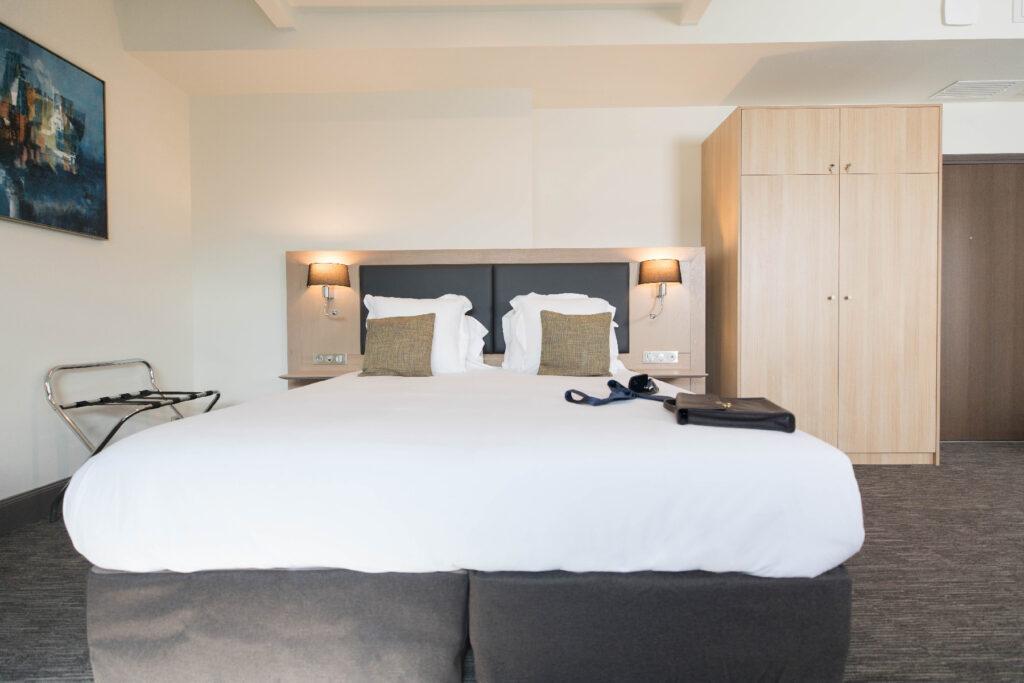 chambre Deluxe - Hôtel Marotte lit