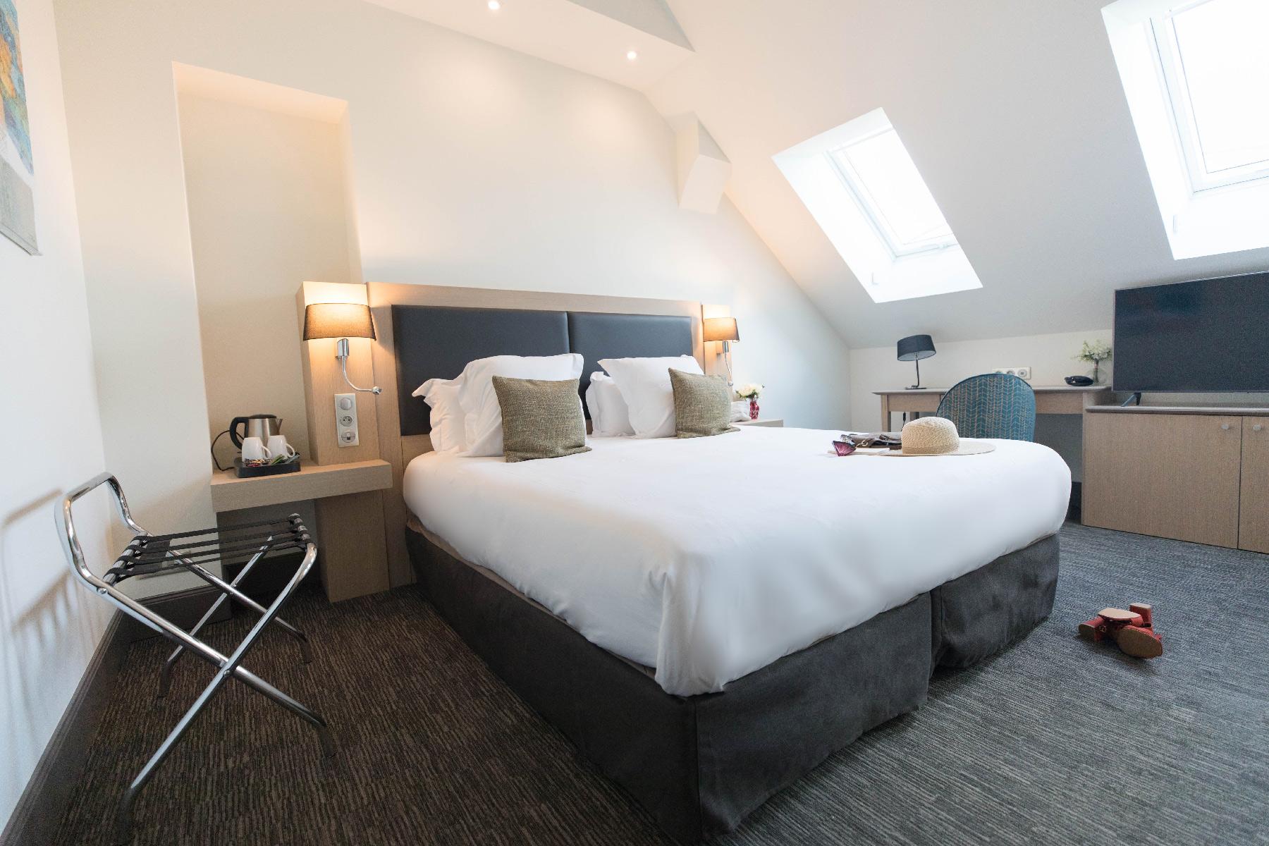 chambre executive grand lit